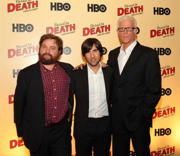 Ted Danson Jason Schwartzman Zach Galifianakis Ted Danson And Zach Galifianakis Photos Hbo S Bored To Death Premiere Zimbio