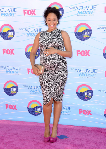 Actress Tamera Mowry arrives at the 2012 Teen Choice Awards at Gibson Amphitheatre on July 22, 2012 in Universal City, California.