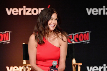 Teri Hatcher New York Comic Con 2018 -  Day 2
