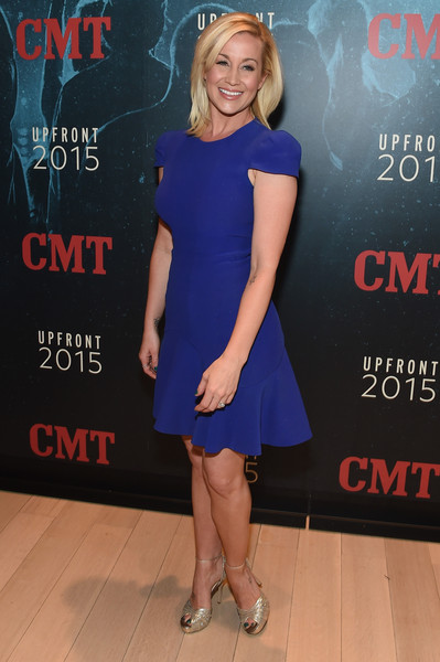 Superb Kellie Pickler In The Annual 2015 Cmt Upfront Zimbio Hairstyle Inspiration Daily Dogsangcom