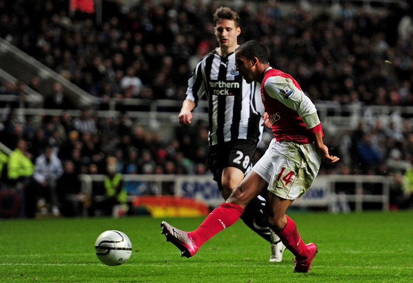 Theo Walcott - Newcastle United v Arsenal - Carling Cup