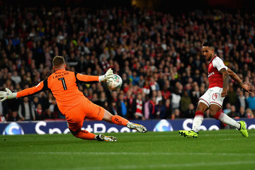 Theo Walcott Arsenal v Doncaster Rovers - Carabao Cup Third Round