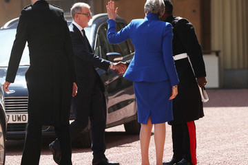 Theresa May Philip May Queen Receives Outgoing And Incoming Prime Ministers