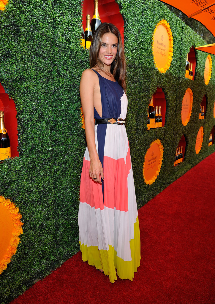 Model Alessandra Ambrosio arrives at the Third Annual Veuve Clicquot Polo Classic at Will Rogers State Historic Park on October 6, 2012 in Pacific Palisades, California.
