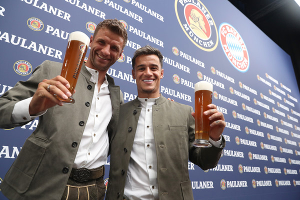 FC Bayern Muenchen And Paulaner Photo Session [drink,beer,competition,thomas mueller,philippe coutinho,munich,germany,fc bayern muenchen,paulaner,fgv schmidtle studios,photo session,photo session]