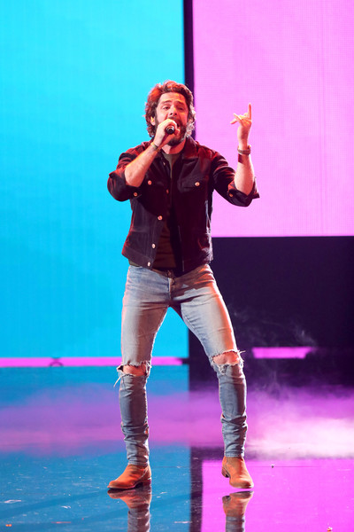 2019 American Music Awards - Fixed Show [performance,entertainment,performing arts,event,performance art,public event,pink,stage,fun,talent show,thomas rhett,american music awards,microsoft theater,los angeles,california,show]