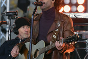 Tim McGraw performs On NBC's Today at Rockefeller Plaza on November 17, 2017 in New York City.
