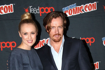 Toby Stephens Hannah New 2014 New York Comic Con - Day 3