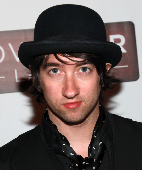 plain white ts singer on dating show Title performer release date, info rhythm of love plain white t's, december 2010, first release rhythm of love the sing-off contestants, october 10,.