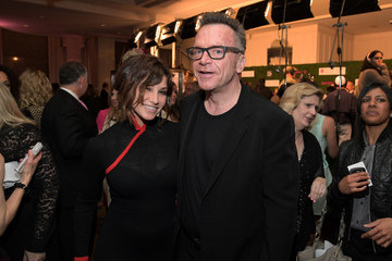 Tom Arnold WCRF's 'An Unforgettable Evening' Presented By Saks Fifth Avenue - Inside