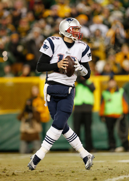 http://www1.pictures.zimbio.com/gi/Tom+Brady+New+England+Patriots+v+Green+Bay+ve65GavfsQWl.jpg