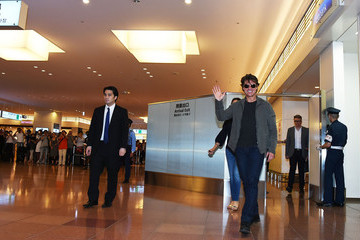 Tom Cruise 'Mission: Impossible - Rogue Nation' Japan Premiere - Airport Arrivals
