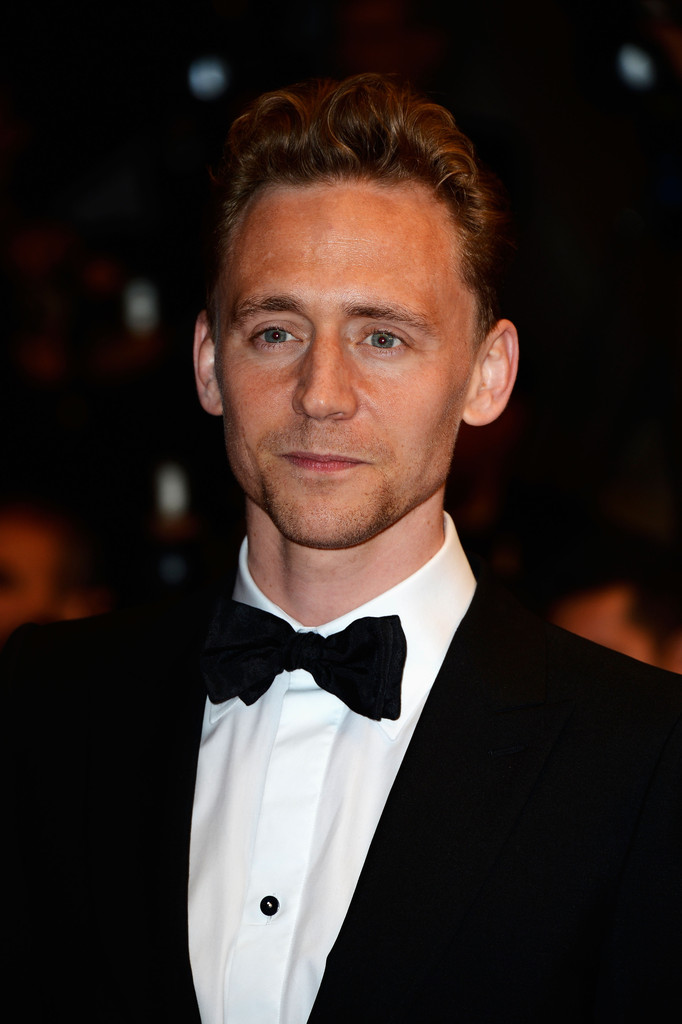 http://www1.pictures.zimbio.com/gi/Tom+Hiddleston+Only+Lovers+Left+Alive+Premieres+B9thiisBqKax.jpg