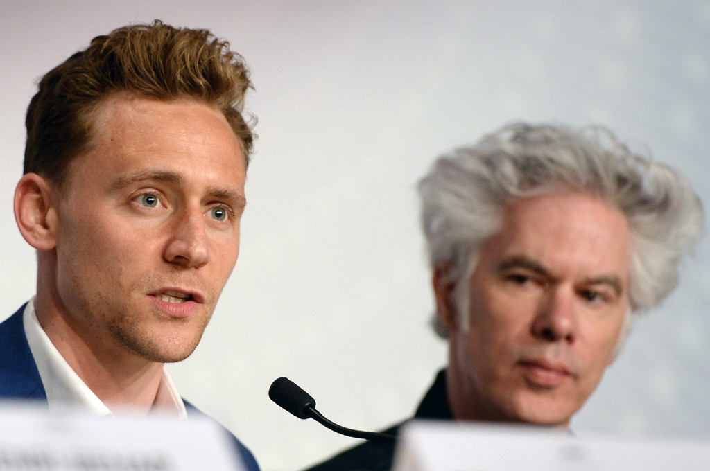 http://www1.pictures.zimbio.com/gi/Tom+Hiddleston+Only+Lovers+Left+Alive+Press+Zk9HqBRbETwx.jpg