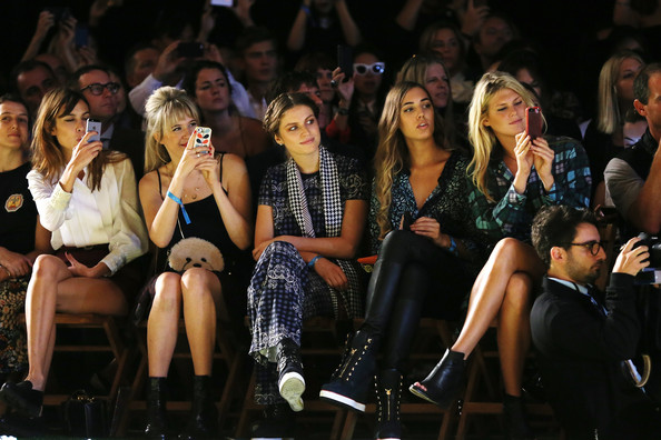 alexa chung in tommy hilfiger women 39 s front row. Black Bedroom Furniture Sets. Home Design Ideas