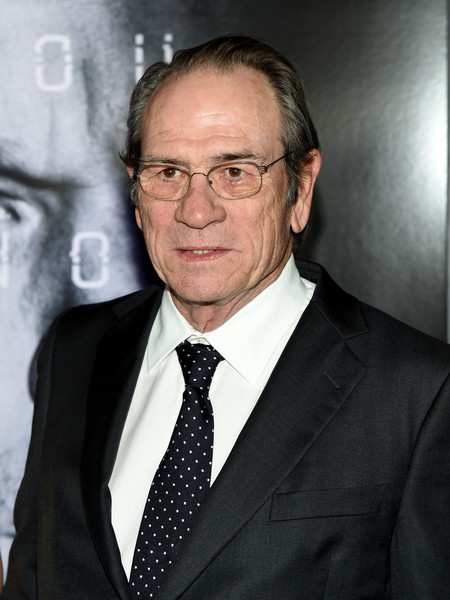 Tommy Lee Jones Photos Photos - Premiere of Universal Pictures' 'Jason Bourne' in Las Vegas - Zimbio