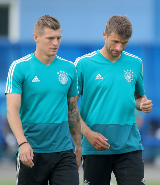 Germany Training And Press Conference [sportswear,t-shirt,team sport,player,jersey,sleeve,sports,ball game,team,gesture,toni kroos,thomas mueller,germany,kazan,russia,electron stadium,germany training and press conference,training session]