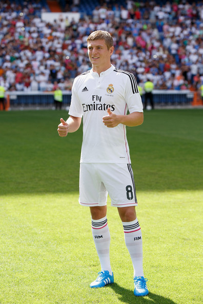 half off cf931 c1941 Toni Kroos Photos Photos - Toni Kroos Officially Unveiled at ...