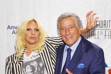 Tony Bennett Celebrities Smile at the Songwriters Hall of Fame 46th Annual Induction and Awards