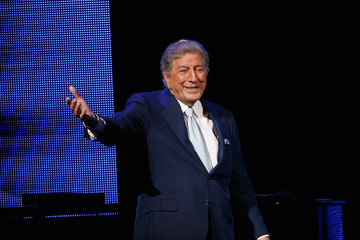 Tony Bennett Samsung Hope For Children Gala 2014 - Show