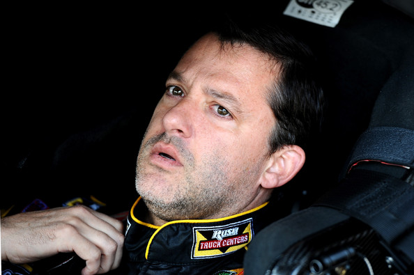 Tony Stewart snaps into the 14