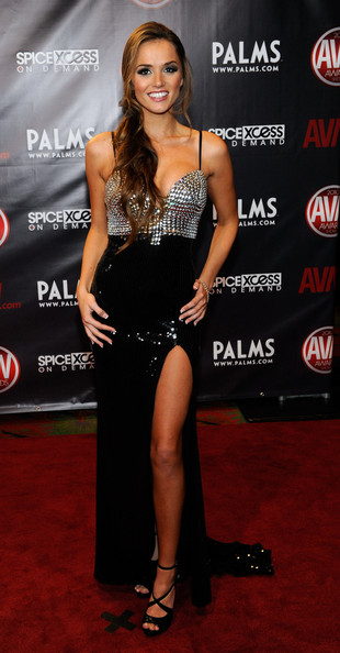Tori Black - Adult Video News Awards At The Palms - Arrivals