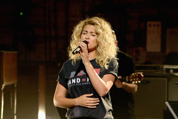 Tori Kelly Hand in Hand: A Benefit for Hurricane Relief - Los Angeles
