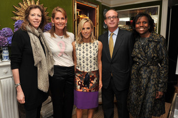 Harlan Peltz Tory Burch And HBO Launch The CYNTHIA SHIRT To Celebrate HBO Documentary The Education Of Dee Dee Ricks And Benefit The Susan G. Komen Cynthia Fund