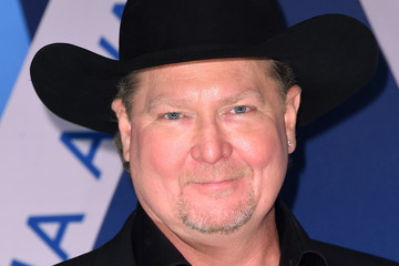 Tracy Lawrence The 51st Annual CMA Awards - Arrivals