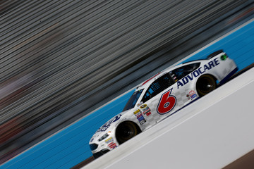 Trevor Bayne Phoenix International Raceway - Day 2