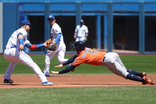 Houston Astros v Toronto Blue Jays []