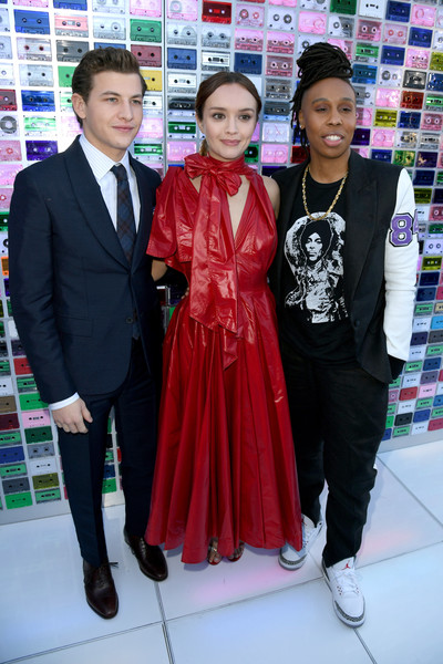 Premiere Of Warner Bros. Pictures' 'Ready Player One' - Red Carpet [ready player one,event,outerwear,fashion design,suit,formal wear,smile,red carpet,lena waithe,olivia cooke,tye sheridan,dolby theatre,california,hollywood,warner bros. pictures,premiere]