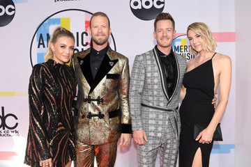Tyler Hubbard Brittney Marie Cole 2018 American Music Awards - Red Carpet