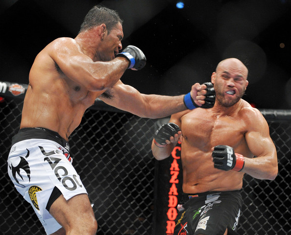 Randy Couture vs Antonio Nogueira