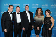 (L-R) Midwest Regional Bosrd Chair and National Board Member U.S. Fund for UNICEF Rob Brown (Park Ridge), Sr. VP of Development U.S. Fund for UNICEF Barron Segar (NYC), National Board Chair U.S. Fund for UNICEF Vince Hemmer (Glencoe), Vanessa Williams, Midwest Region Managing Director U.S. Fund for UNICEF Casey Marsh (Chicago) attend the UNICEF Hope Gala on April 9, 2016 in Chicago, Illinois.