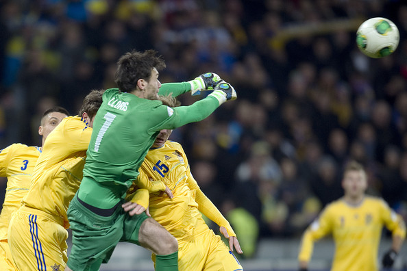 Goalkeeper Hugo Lloris of France makes a save during the FIFA 2014 World Cup Qualifier Play-off First Leg soccer match between Ukraine and France at the Olympic Stadium on November 15, 2013 in Kiev, Ukraine.