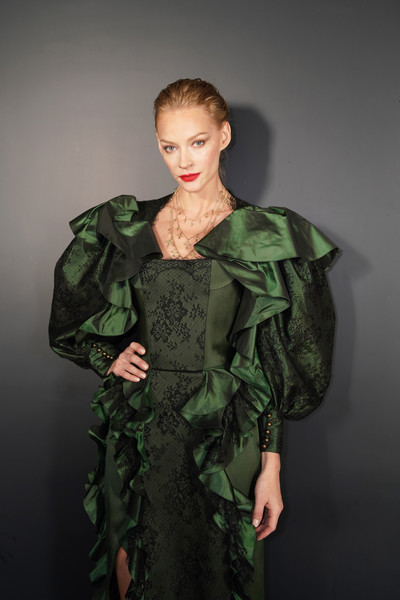 Ulyana Sergeenko : Guests - Paris Fashion Week - Haute Couture Spring Summer 2019 - 1 of 54