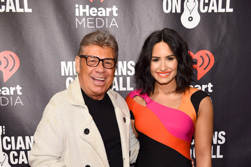 Uncle Johnny Musicians on Call Presents A Night to Celebrate Elvis Duran