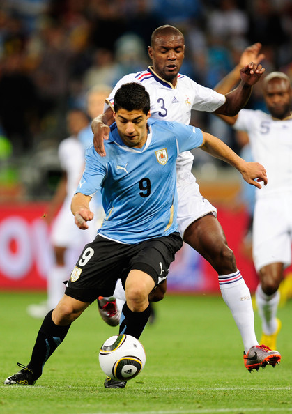 آلآرغوآي Uruguay v France Group 2010 FIFA World Cup QHOero6OyRml.jpg