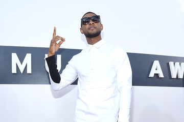 Usher Highlights from the MTV Video Music Awards