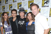 """(L-R) Actress Nina Dobrev, actor Paul Wesley, actor Ian Somerhalder, actress Kat Graham and actor Matthew Davis attend """"The Vampire Diaries"""" Press Line during Comic-Con International 2014 at Hilton Bayfront on July 26, 2014 in San Diego, California."""