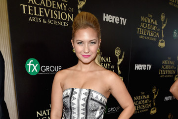 Vanessa Ray The 41st Annual Daytime Emmy Awards - Red Carpet