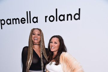 Vanessa Williams Pamella Roland - Front Row - February 2017 - New York Fashion Week