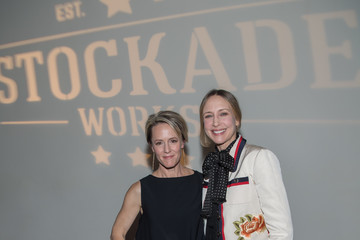Vera Farmiga Mary Stuart Masterson Hosts Holiday Fundraiser for #StockadeWorks