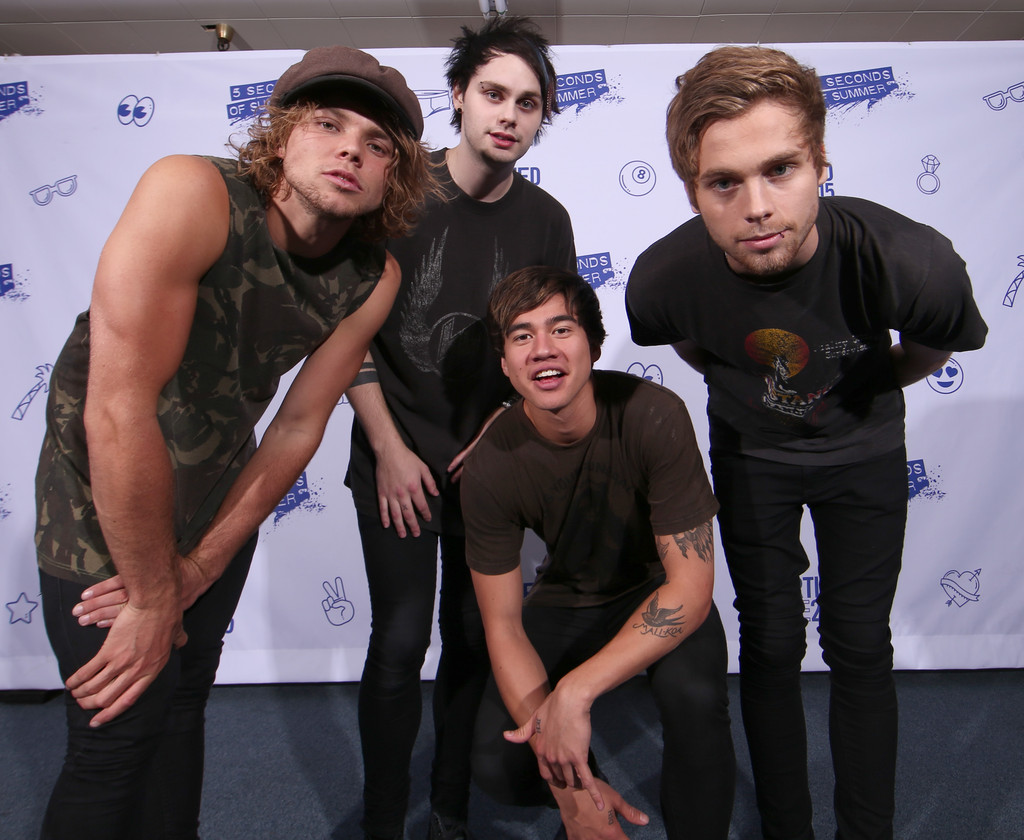 Vevo certified presents 5 seconds of summer zimbio xflitez Choice Image