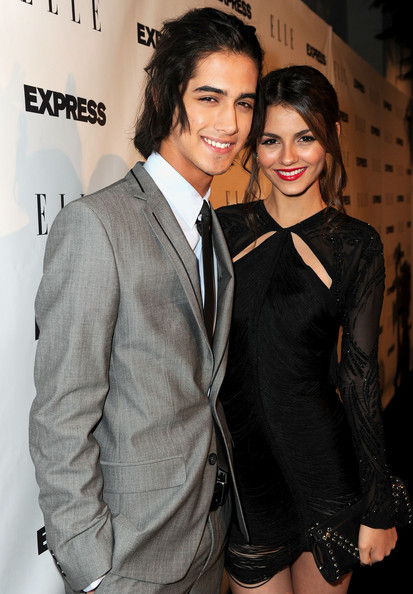 is avan jogia dating victoria justice 2011