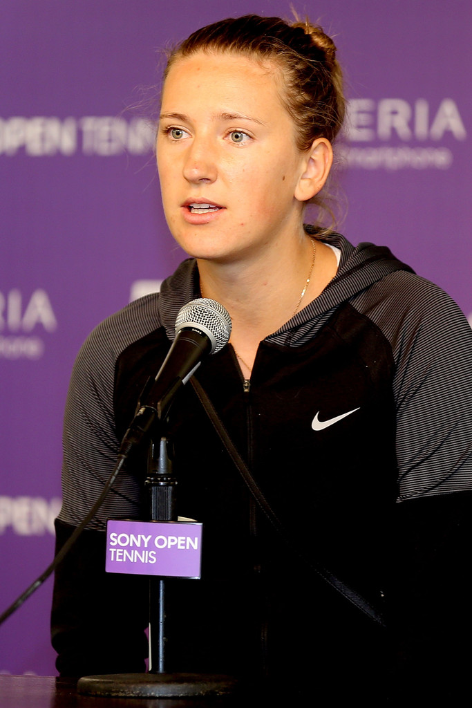 Victoria Azarenka - Sony Open Tennis: Day 5