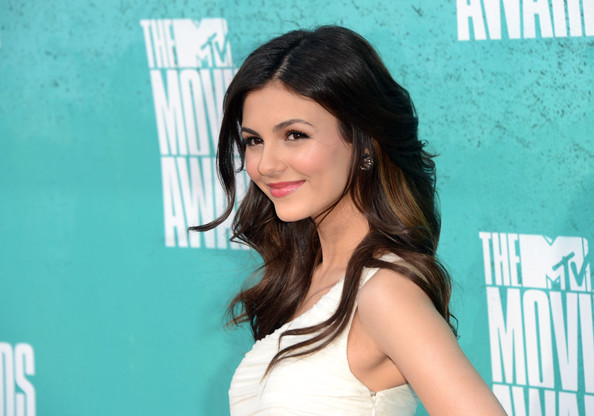 Victoria Justice Actress Victoria Justice arrives at the 2012 MTV Movie Awards held at Gibson Amphitheatre on June 3, 2012 in Universal City, California.