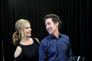 Victoria Osteen Highwire Live In Times Square With Nik Wallenda