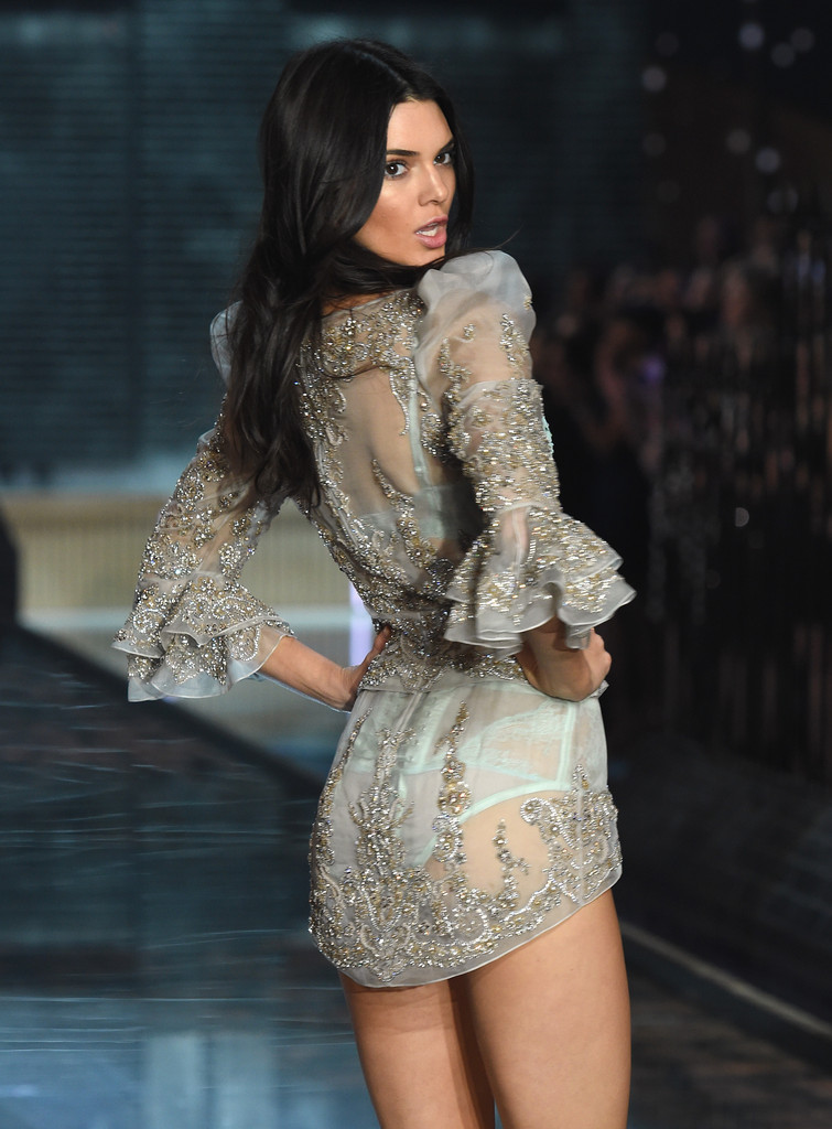 Kendall Jenner Photos Victoria 39 S Secret Fashion Show 2015 4154 Of 11207 Zimbio